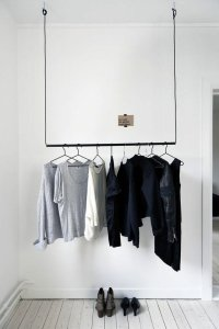 rangement-vetement-minimalist-closet